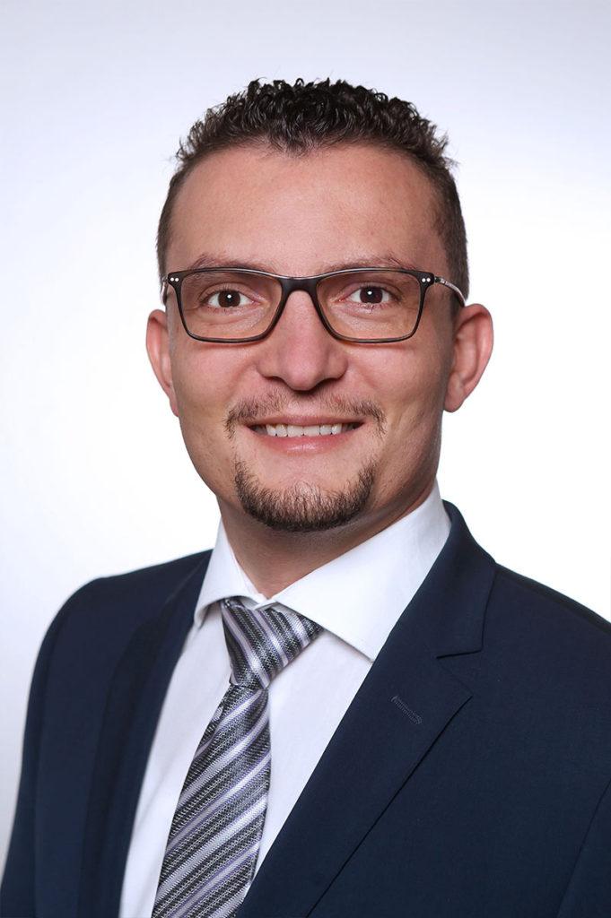 Bestattungshaus Portrait Christoph Teammitglied Reinbach